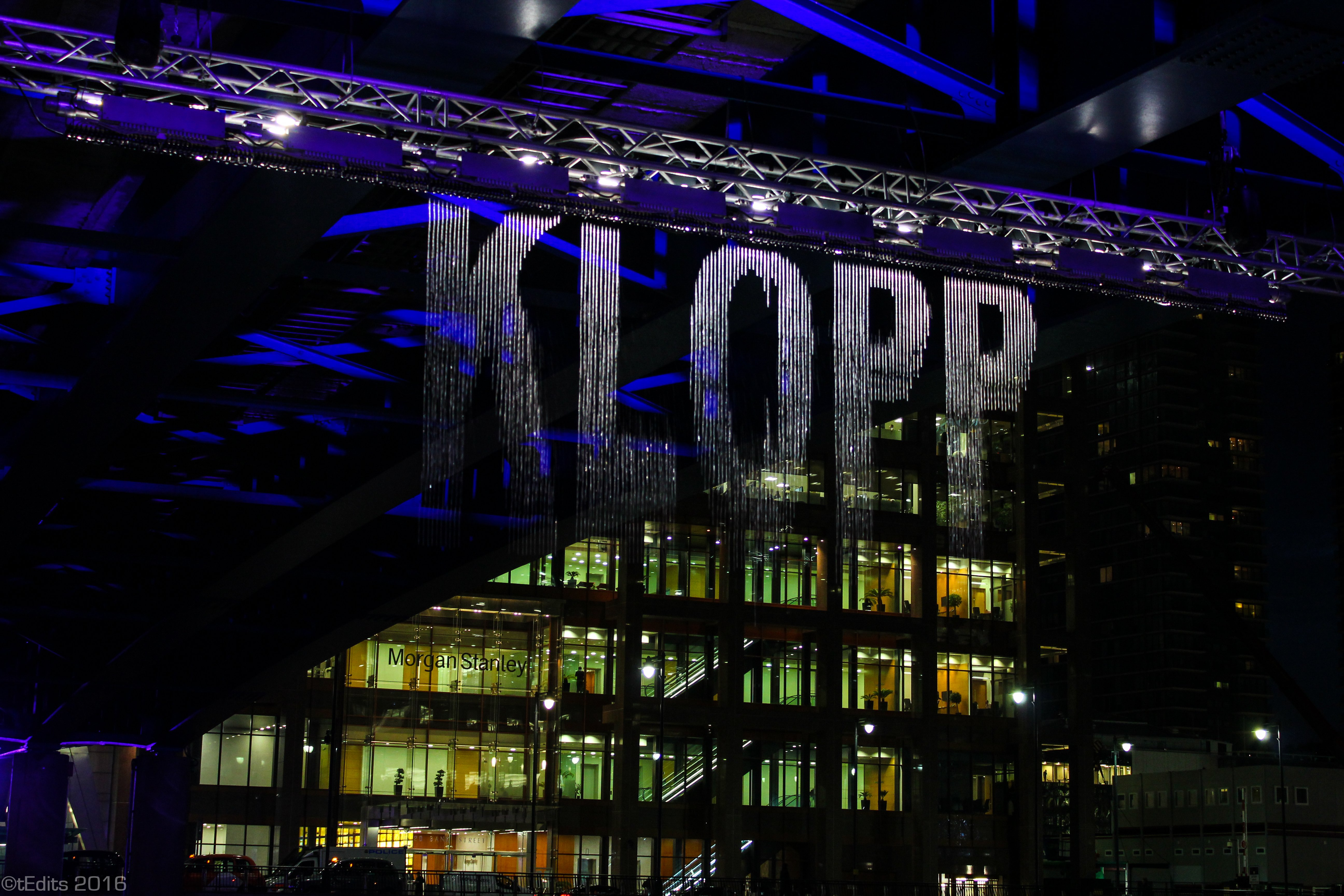 Canary Wharf Winter Lights 2016 - Bit.Fall Klopp