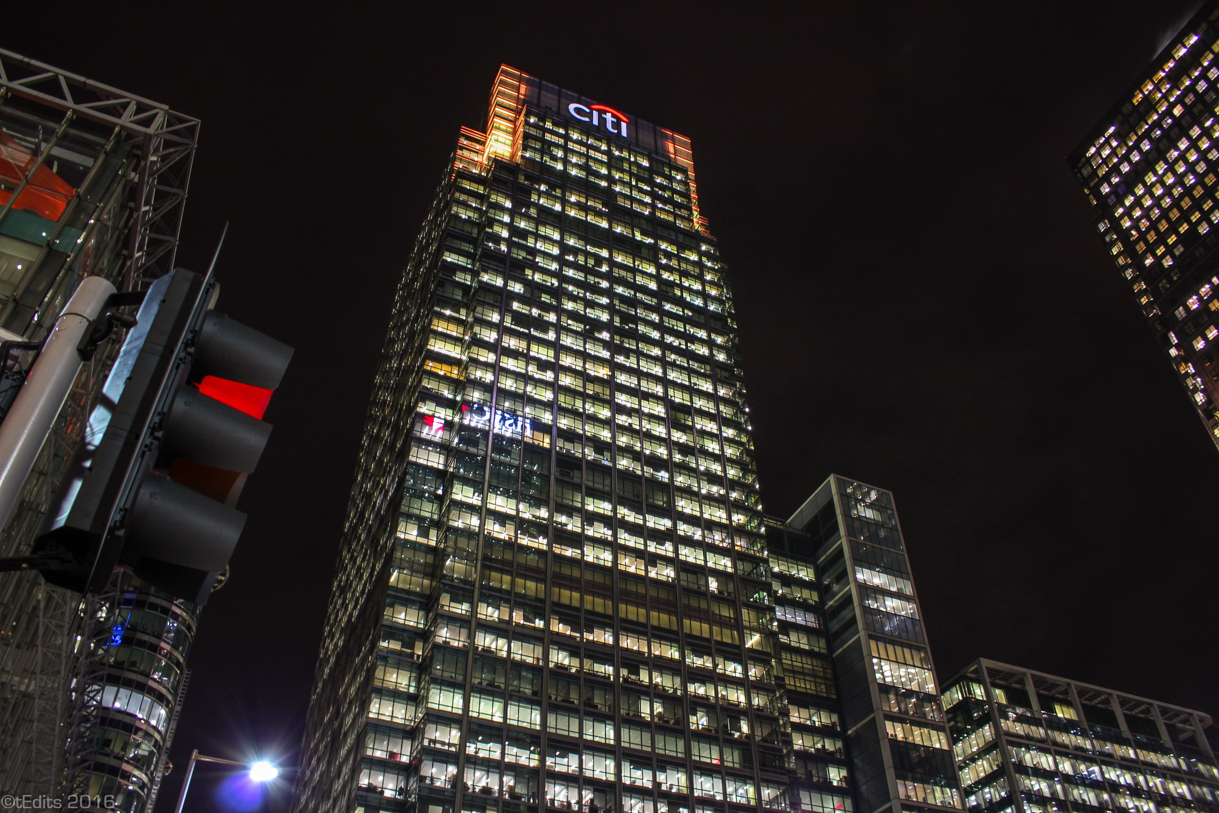 Canary Wharf Winter Lights 2016 - Citi Bank