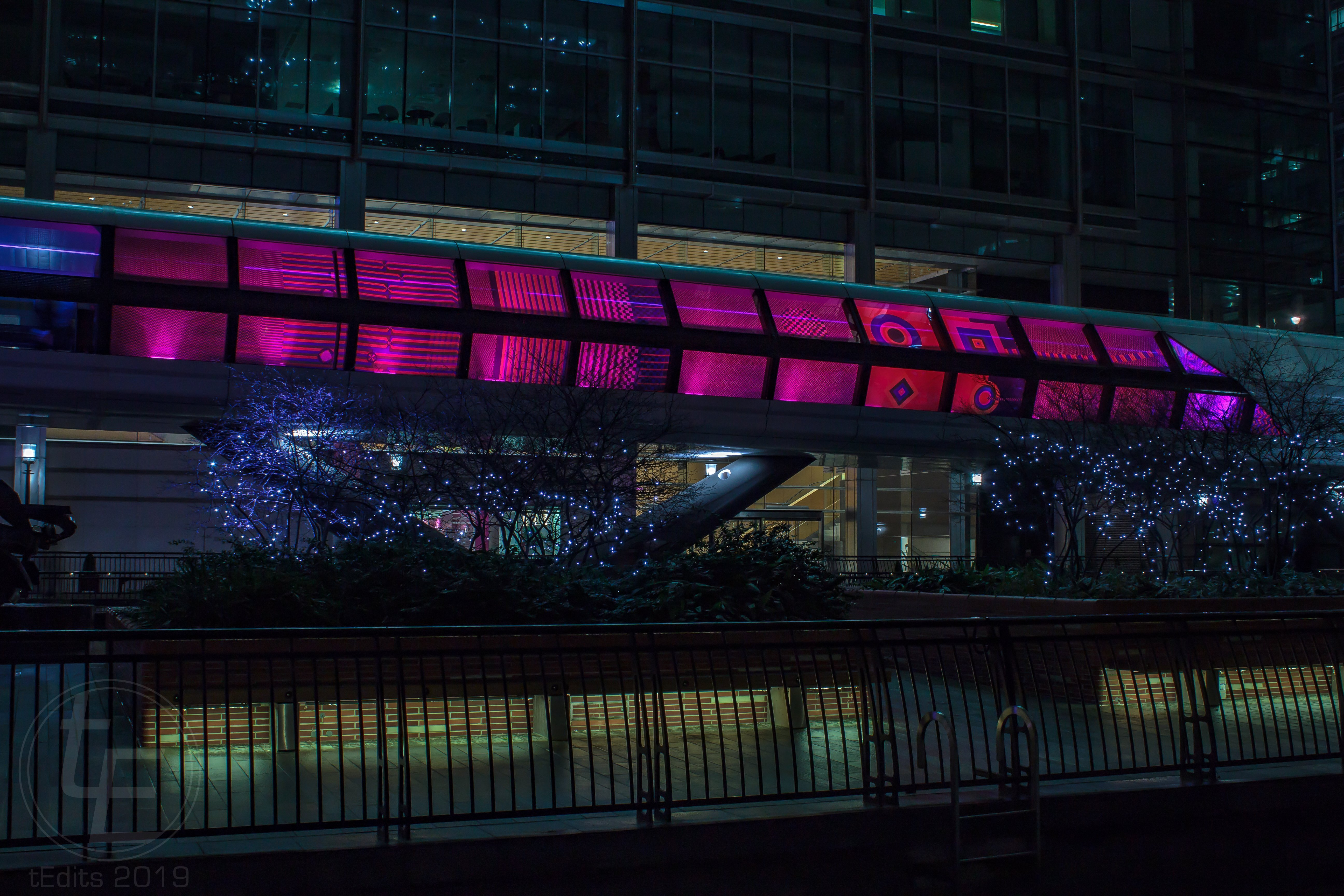 Canary Wharf Winter Lights 2019 - Colour Moves by Rombout Frieling Lab