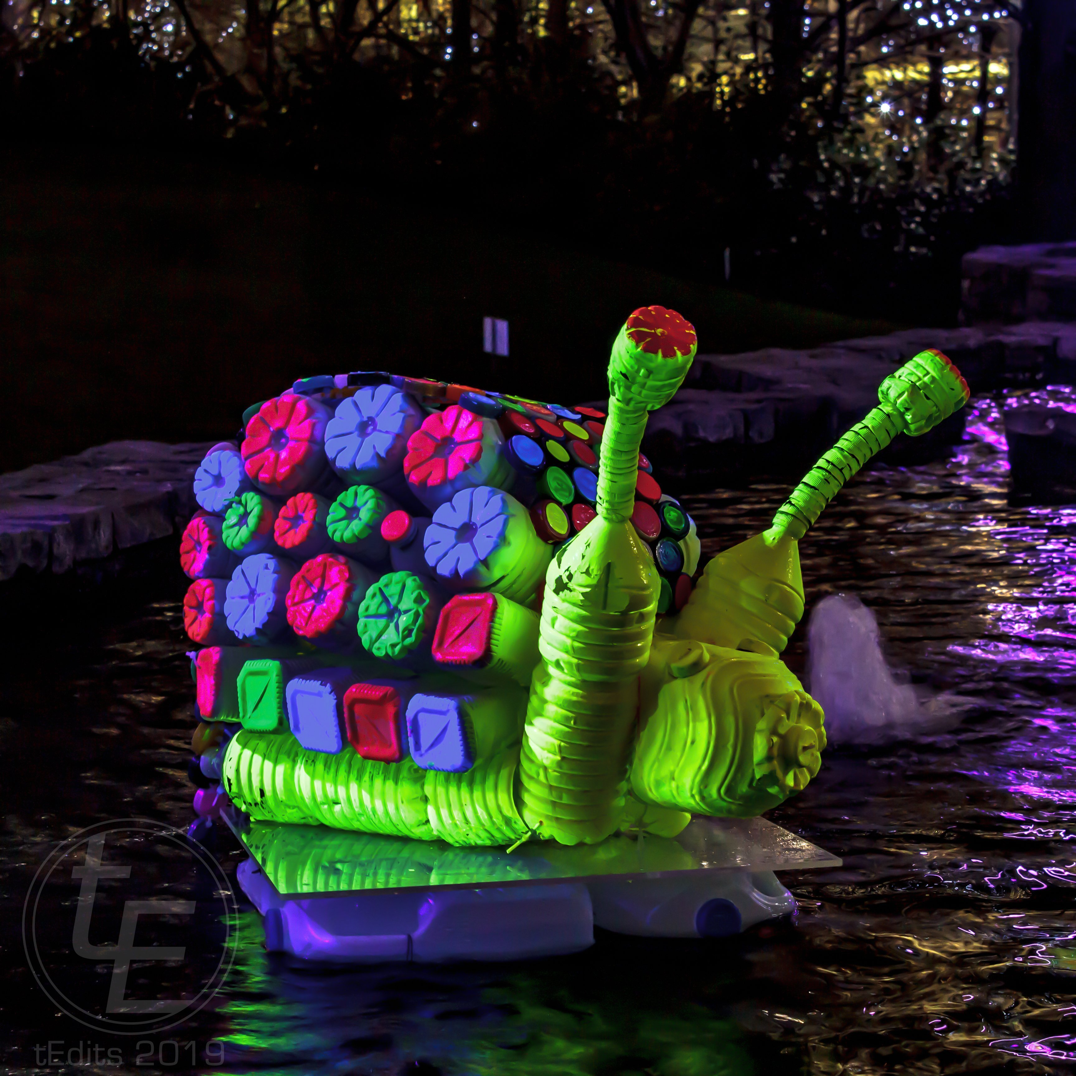 Canary Wharf Winter Lights 2019 - Floating Islands, Murude Mehmet, Snail