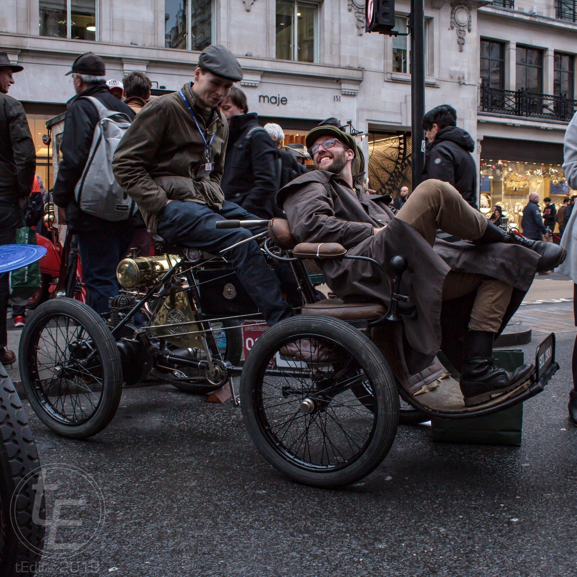 1900 Darracq (side) - Regent Street Motor Show 2019
