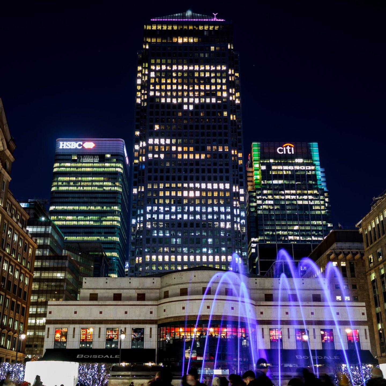 Canary Wharf Winter Lights 2020 - Liquid Sound Cabot Square
